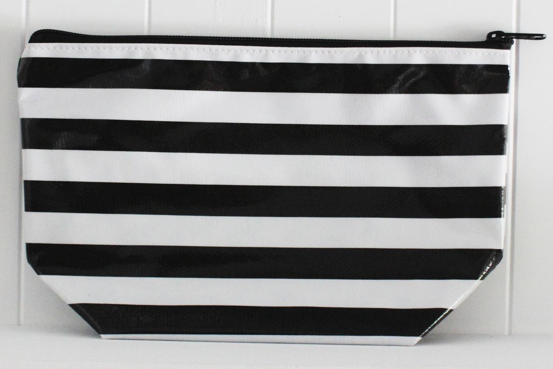 CS-Stripe Black